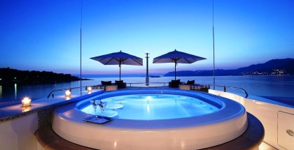 Andreas L Motor Yacht (ex Amnesia)  - The Jacuzzi Pool By Night With Lighting