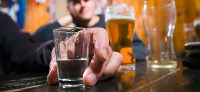 Proč před saunováním nekouřit ani nepít alkohol?