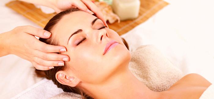 Indická masáž hlavy: Uvolněte se