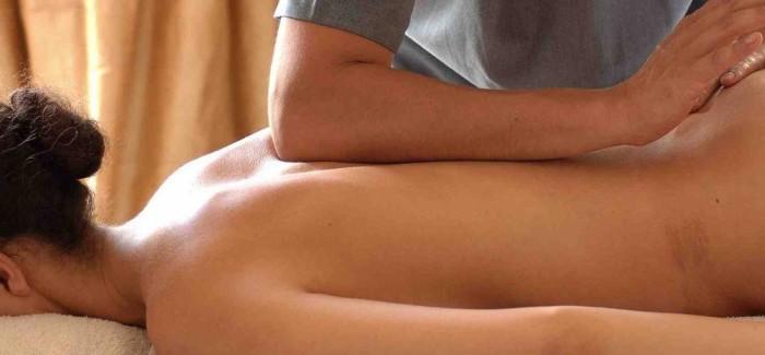 Vychutnejte si masáž Lomi lomi